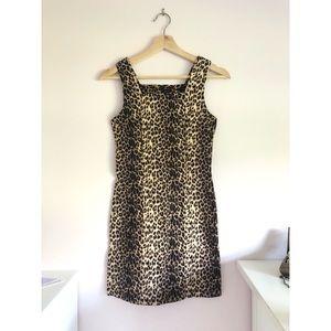 Dresses & Skirts - Vintage 90's leopard dress